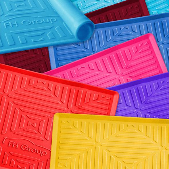 Silicone Anti-slip Dash Mat material